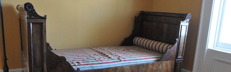 Diningroom-settee